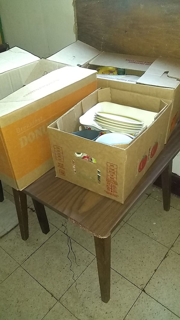 I have a kitchen table for sale and onboard