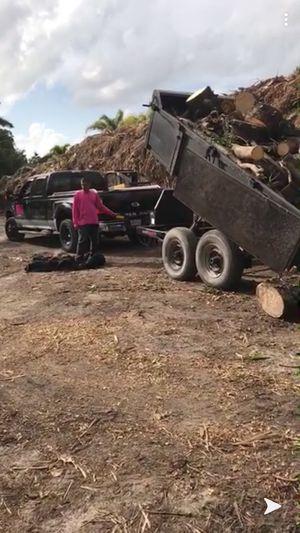 Double axle dump trailer for Sale in Pembroke Pines, FL