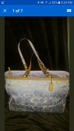 Coach Soho Bee Applique Optic Signature C Lilac Multifunction Diaper Bag Tote Rare for Sale in Yorktown, VA
