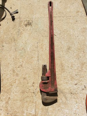 """36"""" pipe wrench for Sale in Greenville, SC"""
