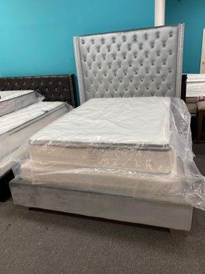 Queen bed frame with mattress set pillow top for Sale in Houston, TX