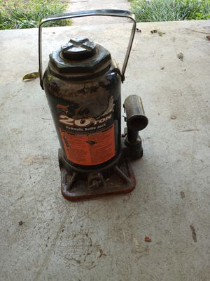 20 Ton Hydraulic Bottle Jack - Used on Anything - 40,000 pounds for Sale in West Columbia, SC