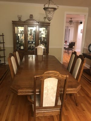 Dining table & six chairs for Sale in Lombard, IL