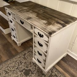 Antique Desk for Sale in Yardley,  PA