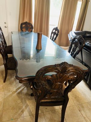 Comedor de 6 sillas , dining table set for Sale in Houston, TX
