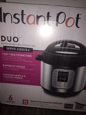 Instant pot Duo 6qt pressure cooker pot for Sale in Dover, FL