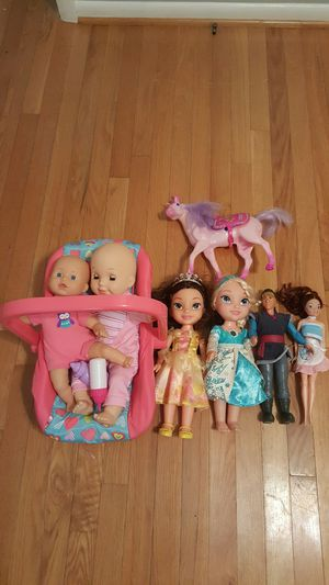 all dolls $15, puzzles all $12, Moana singing doll $12, peppa pig houses 2 figurines $20, for Sale in VA, US