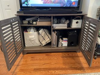 Cabinet/ Entertainment Stand for Sale in Arlington,  VA