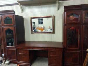 Beautiful executive desk with bookshelves for Sale in Drexel Hill, PA