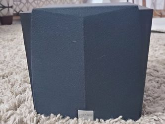 Creative Brand Subwoofer and Speakers for Sale in Glen Ellyn,  IL