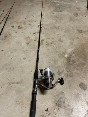 Shimano reel and fish fishing rod for Sale in Fresno, CA