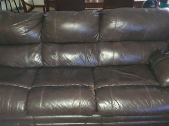 Leather Sleeping Couch(queensize) w/ 2 end tables, 2 Lamps and Coffee Table. for Sale in Pittsburgh,  PA