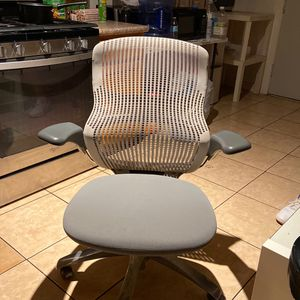 Knoll Premium Office Chair for Sale in Alhambra, CA