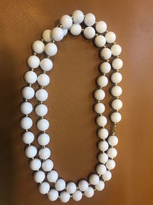 Free. New white and gold beaded necklaces for Sale in Arlington, VA