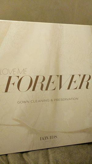 Wedding Dress Cleaning & Preservation Kit for Sale in Sanger, CA