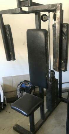 Gym pec fly weights machine for Sale in Lake Elsinore, CA