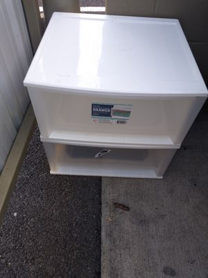 51 qt storage containers for Sale in Binghamton, NY