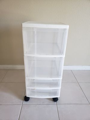 Sterilite 4 Drawer Cart for Sale in Costa Mesa, CA