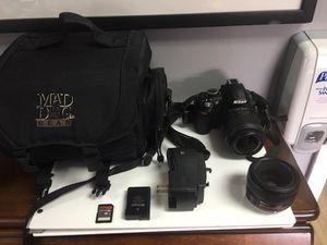 Nikon camera with accessories 2 lenses for Sale in Miami, FL