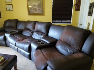 Sectional Sofa Grain Leather reclinable (2 chairs on sides) and Ottoman for Sale in Miramar, FL