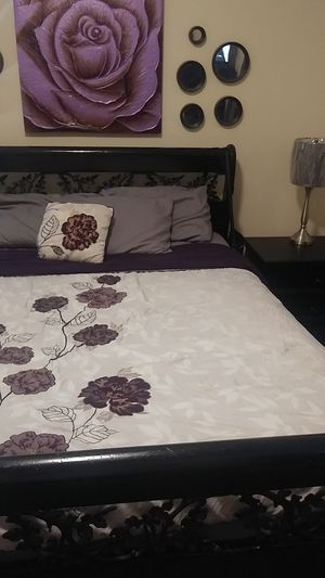 Queen Bed set for Sale in Modesto, CA
