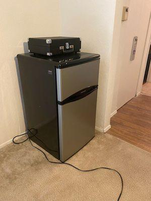 Mini Refrigerator for Sale in Tacoma, WA