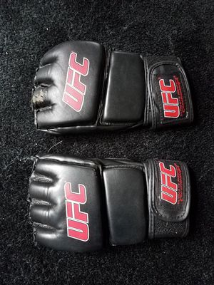 UFC MMA Gloves for Sale in Puyallup, WA
