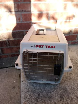 Petmate pet taxi kennel for Sale in San Antonio, TX