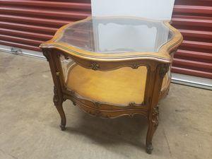 Antique end table for Sale in Atlanta, GA