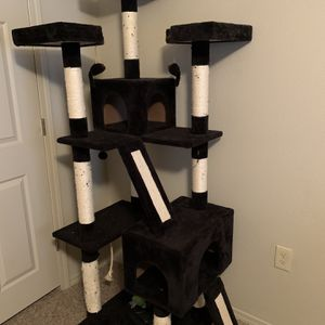 6ft Cat Tree for Sale in Yukon, OK