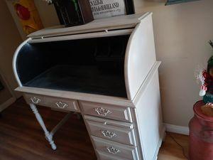 Antique rolltop desk for Sale in Huntington Beach, CA