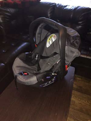 Car seat Britax B.O.B NO STAINS! for Sale in East Point, GA