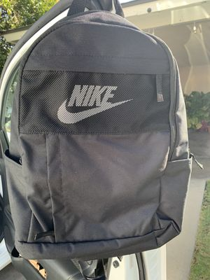 New back pack for Sale in Fresno, CA