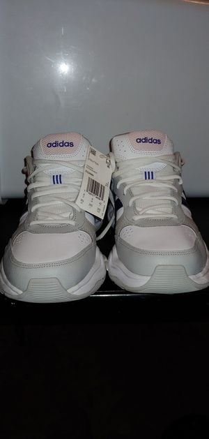 Brand New Never Worn Women's Adidas Strutter Fashion Training Shoe for Sale in Everett, WA