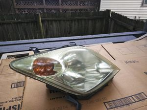 Passenger side headlight for 05 Scion XA for Sale in Columbus, OH