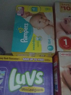 Pampers and luvs diapers size 1 brand new for Sale in Forest Park, GA