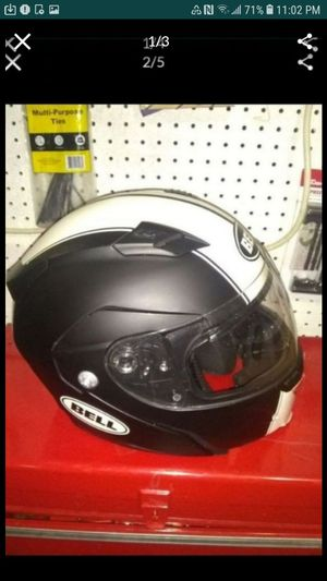 BELL helmet like new condition size L for Sale in Glendale, AZ