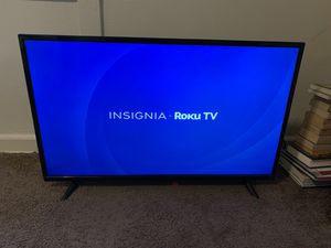 "40"" insignia roku smart tv for Sale in Springfield, OR"