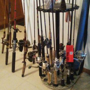MANY modern and vintage collectible fishing combos! for Sale in US