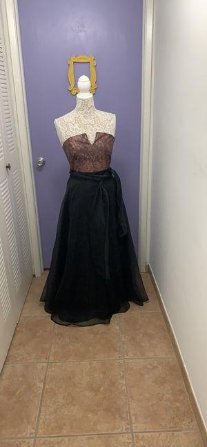 2 piece dress for Sale in Miami, FL
