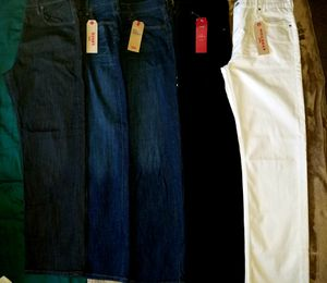 Levi's jeans for Sale in Fairfield, CA