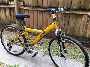 Jeep Wrangler SE Mountain Bike like New, Barely Used for Sale in Doral, FL