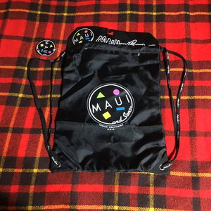 MAUI AND SONS DRAWSTRING BACKPACK SURF BEACH LIFESTYLE STORAGE BAG Black NEW for Sale in Compton, CA