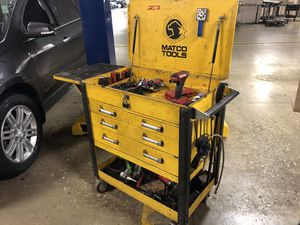 Matco toolbox with hutch and matco cart 3500$ for Sale in Bolingbrook, IL
