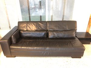 Black Sofa with adjustable backing and 3 pillows for Sale in Boca Raton, FL