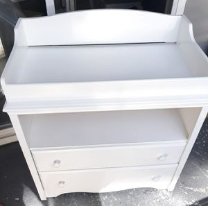 """$$$120$$$ WHITE CHANGING TABLE, NEW PAINT $$$120$$$ (((LONG 34"""" 1/2, HIGH 32"""" 1/2 X 19"""" DEEP))) $$$120$$$ for Sale in Los Angeles, CA"""
