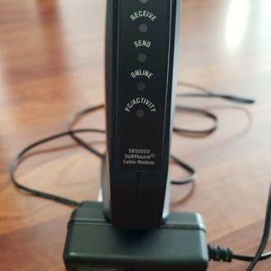 Motorola SB 5101U Internet Cable Modem for Sale in Golf, IL