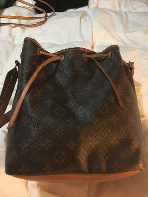 Authentic Louis Vuitton for Sale in Haverhill, MA
