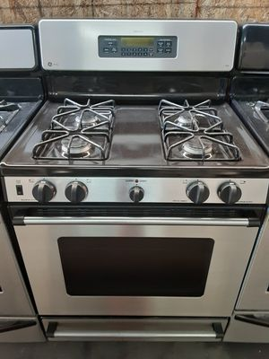 $399 GE stainless gas stove includes delivery in the San Fernando Valley a warranty and installation for Sale in Los Angeles, CA