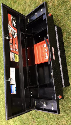 """Weather Guard Heavy Duty Aluminum Compact Los Profile Saddle Box for """"""""Small And Mid-Size Trucks """""""" (((( $440 OBO ))) ❗️Fairly New ❗️with Key 🔑 for Sale in Riverside, CA"""